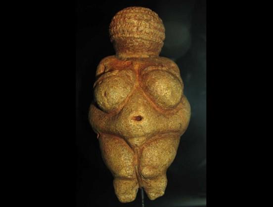 à l'origine, des femmes déesses